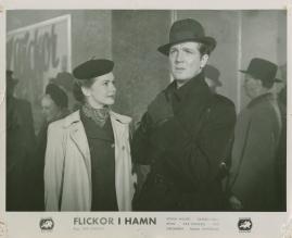 Flickor i hamn - image 50