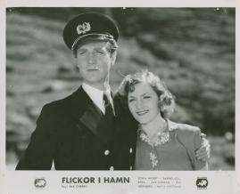 Flickor i hamn - image 63