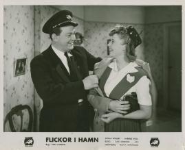 Flickor i hamn - image 52