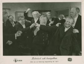 Saltstänk och krutgubbar : Liv och leverne i skärgården enligt Albert Engström - image 52