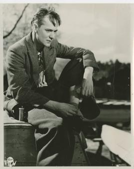 Bengt Ekerot - image 12