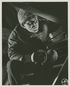 Erik Hell - image 81