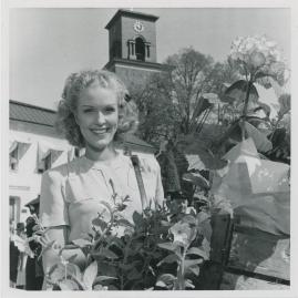 Eva Dahlbeck - image 15