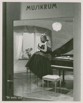 Gaby Stenberg - image 3