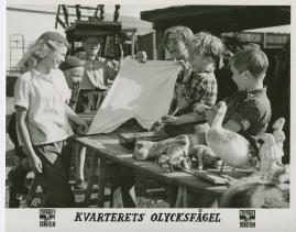 Kvarterets olycksfågel - image 21