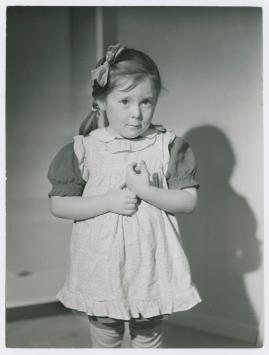 Flickan från tredje raden - image 8