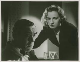 Kvinna i vitt - image 78