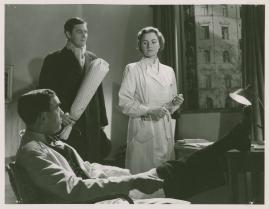 Kvinna i vitt - image 82
