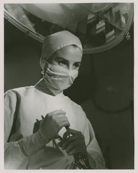 Kvinna i vitt - image 83