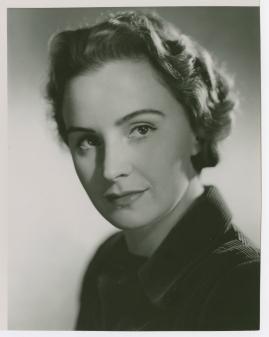 Kvinna i vitt - image 47