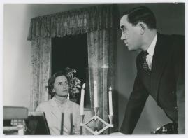 Kvinna i vitt - image 68