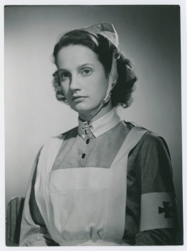 Kvinna i vitt - image 23