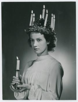 Kvinna i vitt - image 41