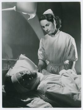 Kvinna i vitt - image 94