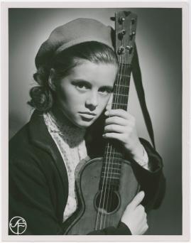 Ilselil Larsen - image 18