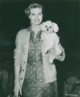Anita Ekberg - image 3